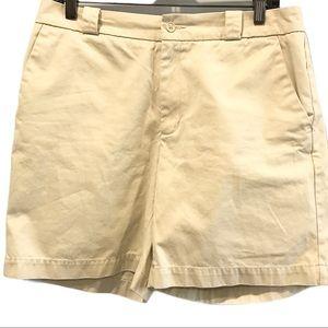 Cream coloured Gap shorts size 10